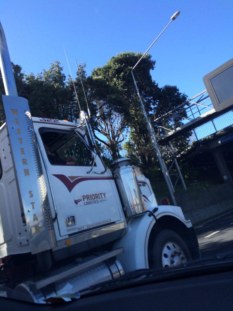 IMG 2947 e1494922915694 768x1024 - Kenworth Truck