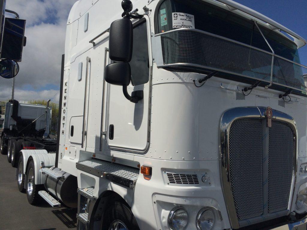 IMG 3761 1024x768 - Kenworth Truck