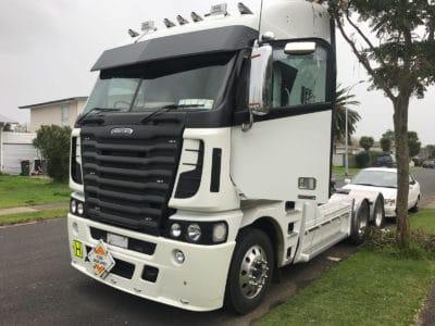 2018 03 01 18.53.40 400x300 - Freightliner FRL Argosy
