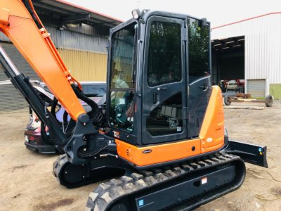 Hitachi Medium Excavator mobile window tinting